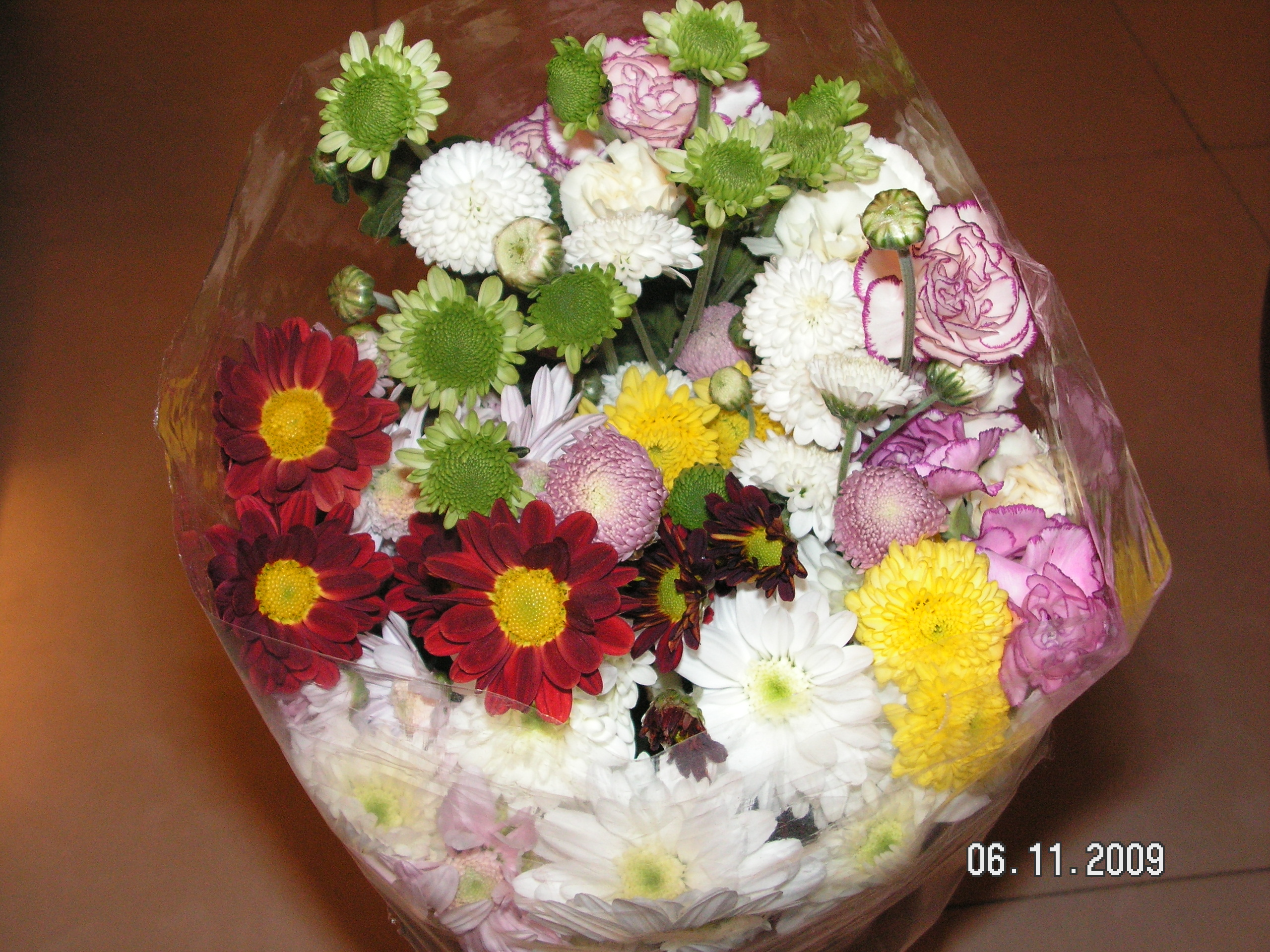 Send Flowers For The Entire Birthday Or Anniversary Month